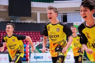 В суперфинале «Mr.Ricco Школьная футбольная лига» «Шершни» взяли верх над «Зебрами»