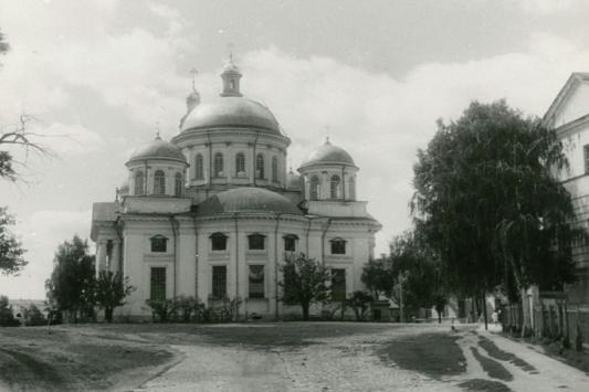 Рустам Минниханов одарил верующих