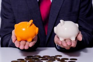 Сколько получают директора школ Казани: самый богатый - в шесть раз больше самого бедного