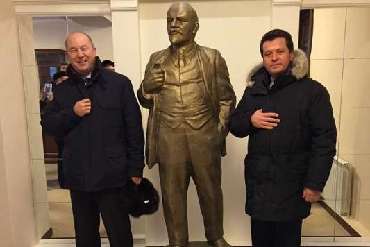 Нашли друг друга три юриста