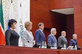 Депутаты Татарстана припомнили обнаженку детскому омбудсмену и не подняли прожиточный минимум пенсионера