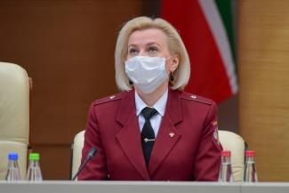 «Не нравятся правила - нужно сидеть дома без перчаток и масок»: жителей Татарстана выпускают из самоизоляции с одним условием