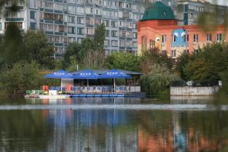 Пивнушка на озере Большое Чуйково в Казани распугала краснокнижных уток, а чиновники минэкологии заявили, что их ввели в заблуждение