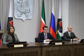 «Наши родители прививали нам любовь к труду»: Ильсур Метшин объяснил, почему казанские чиновники стали «удащливыми»
