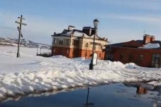 «Люди же деньги заплатили!»: казанский экскурсовод требует прекратить издевательство над туристами в Свияжске