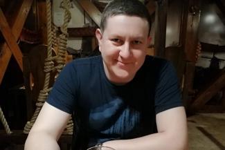 «Неужели просто не захотели платить?»: в Зеленодольске оплакивают таксиста, насмерть забитого подростками