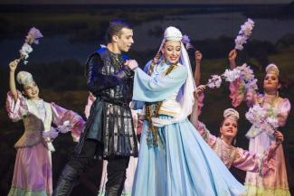Танцуют все: в шоу «Казанские сокровища» обошлись без Ивана Грозного