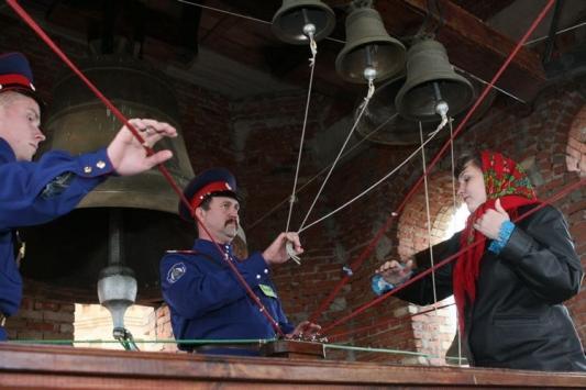 Колокольный звон в Алексеевском