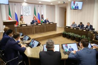 Да будет свет: в Казани поставили новые фонари и пригласили звезд шоу-бизнеса