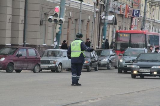 """Прокуратура хочет перекрыть чиновникам """"зеленую улицу"""""""