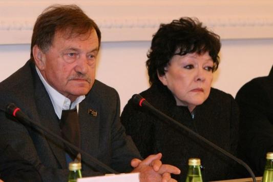 Ахмадулину и Аксенова  вспомнят в Казани