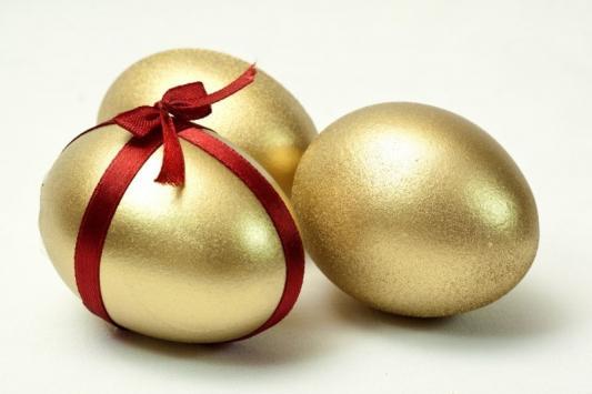 """Торговля """"золотыми"""" яйцами и гречкой вышла сетям боком"""