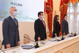 Казанцам пообещали, что в новом году средняя зарплата превысит 42 тыс. рублей