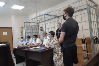 «В ОПГ не состоят»: вымогатели отжали квартиру у казанца, взяв его в плен