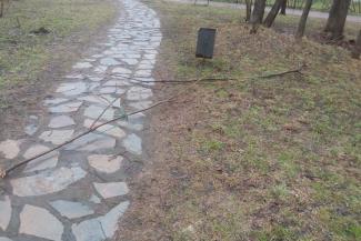 «Бьют, ломают, вырывают»: казанцы требуют защитить от вандалов экопарк «Озеро Харовое»