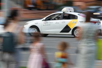 «Яндекс» скушал «Везёт»: что будет с ценами на такси в Казани?