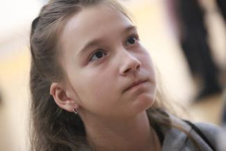 «Его мама часто звонит, благодарит»: в Казани наградили 10-летнюю школьницу, которая спасла тонущего малыша на пляже, и других героев нашего времени