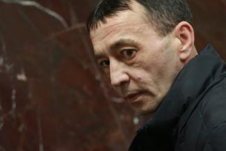 «Если бы он не сбежал, а отвез нашу девочку в больницу, может, ее бы спасли?»: лихач, сбивший насмерть 18-летнюю студентку в Казани, пытался закосить под эпилептика