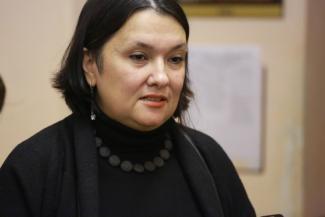 «Конфликтная, агрессивная, склонна к вранью»: в Казани чиновники решили отобрать двоих детей у матери, которая  жалуется Путину на то, что ее семью не переселяют из аварийного дома