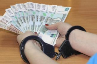 «Сначала просила 200 тысяч, потом 300, а потом полмиллиона!»: в Татарстане сотрудницу полиции поймали на крупной взятке, а она утверждает, что пыталась вернуть долг