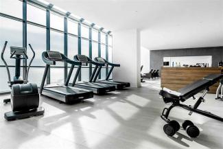 Один на один: казанские фитнес-центры начинают персональные тренировки для тех, у кого еще остались деньги