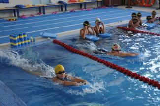 Переборщили с хлором: в Татарстане дети отравились в школьном бассейне