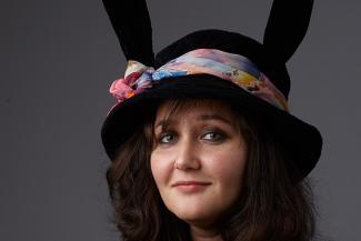 Автор песни «Черемуха» Анна Русс: «Сама я с простыми мужчинами никогда не встречалась»