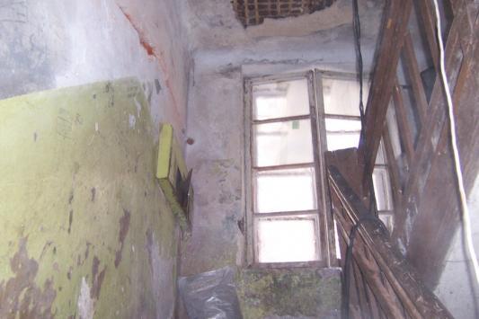 В Татарстане из аварийного жилья людей переселяют на улицу