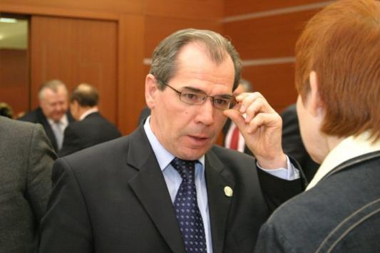 Министр против массового заплыва школьников во вторую волну