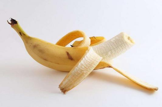 Бананы лупят по карману