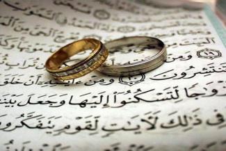 «Если она не ходит в платке, то брать ее замуж нельзя»: в Татарстане нашлись сторонники запрета для мусульман на браки с иноверцами