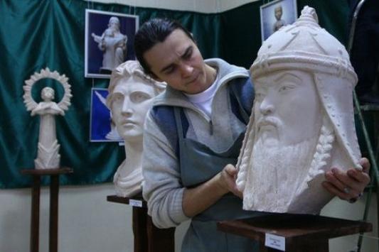 Молитва в скульптуре