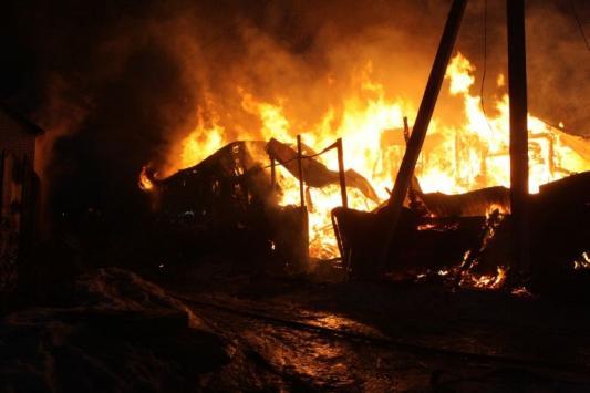 В Сюкеево заживо сгорели шесть рабочих