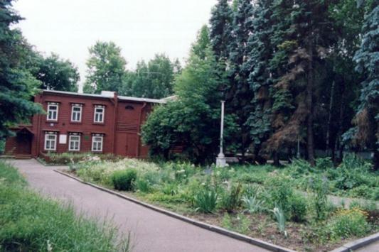 Дом-музей Ленина помогает молодым стать известными