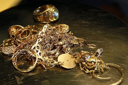 Из церкви на Арском кладбище украли золото