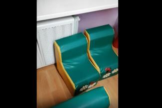 «Воспитатели даже скорую не вызвали»: в Татарстане трехлетнюю девочку ошпарило кипятком из лопнувшей трубы в детсаду