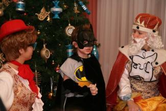 Воспитательница с бородой: в детсады Казани посторонним Дедам Морозам вход воспрещен