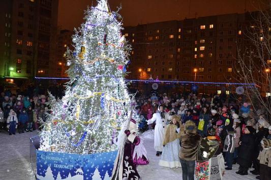 Управляющая компания Приволжского района подарила своим жителям зимний праздник