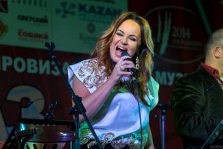 Казанский летний джазовый фестиваль переезжает из усадьбы Сандецкого в Кремль