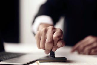 Казанский адвокат подал в суд на Торгово-промышленную палату РФ из-за невыдачи сертификата о «коронавирусном» форс-мажоре