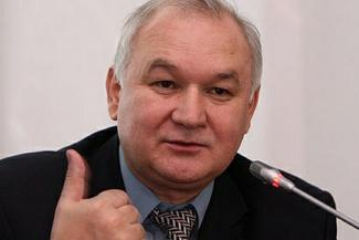 Депутат Госдумы считает, что ситуация с татарским в школах назрела, и надеется, что Энгель Фаттахов его услышит