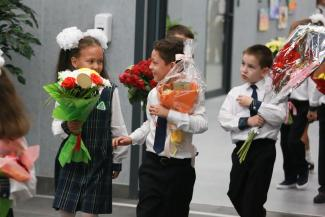 «А мы сюда по прописке попали!»: в Казани открыли «шаймиевскую» школу, в которой 16 первых классов