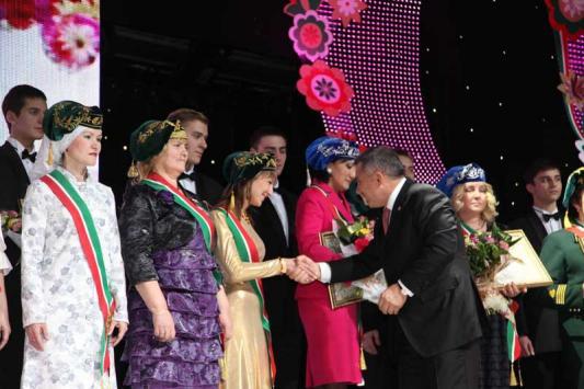 На женщин в Татарстане ничего не жалеют