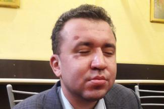 В Казани избили слепого адвоката обманутой американки