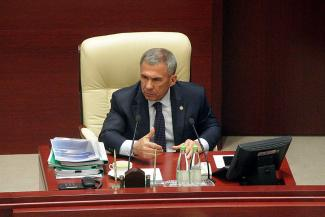 «В преддверии выборов такие вещи разве можно делать?!»... Минниханов дал понять, что вопрос о татарском языке в школах может повлиять на результаты мартовского голосования