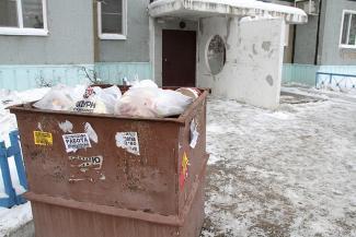 Казань в ожидании нового «мусорного» тарифа: одиночки в хоромах выиграют, семейные в малогабаритках проиграют