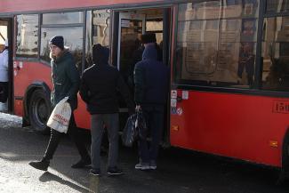 Вороватых кондукторов в казанских автобусах заменят турникетами, но сначала поднимут плату за проезд