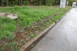 Прорвало у Водоканала: пока казанцы сидят без воды, она заливает улицы