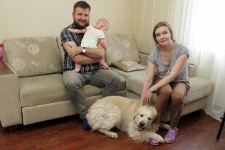 Не взяли в россияне: семью казанских украинцев отправляют на Донбасс с младенцем и собакой