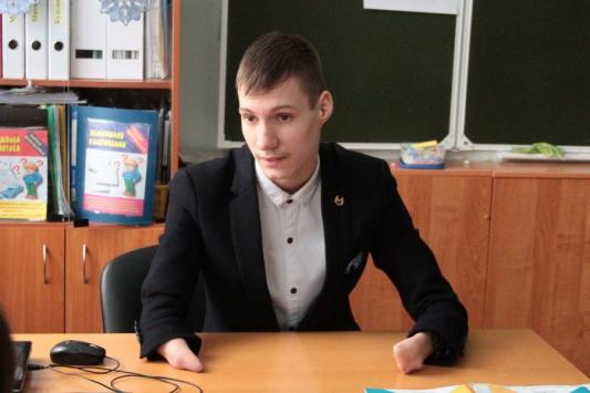 15-летний казанский пианист без пальцев  потряс  публику